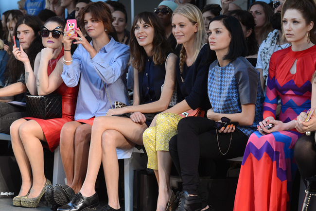 front_row_en_london_fashion_week_767463593_650x