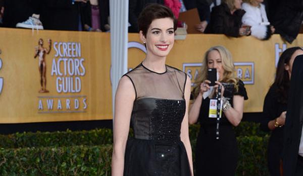Los últimos looks de Anne Hathaway