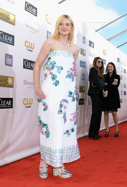 Elle+Fanning+18th+Annual+Critics+Choice+Movie+QWp5v1hH__Xl