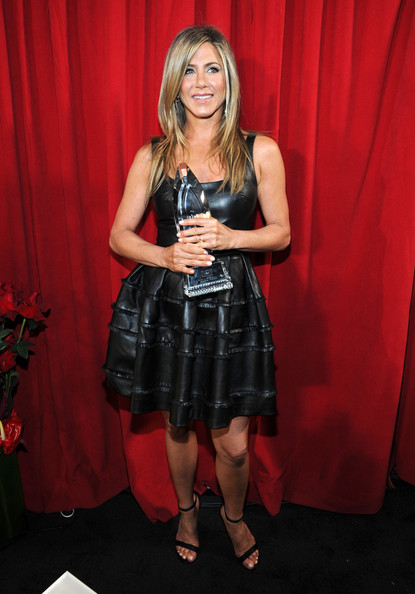 Jennifer+Aniston+39th+Annual+People+Choice+cUONDqbSAval