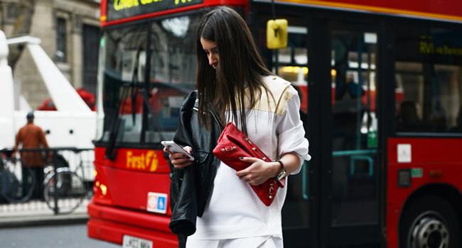 Entra a Zara y sal con el look (Casi total white)