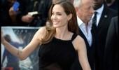 Reaparición de Angelina Jolie vestida de Saint Laurent