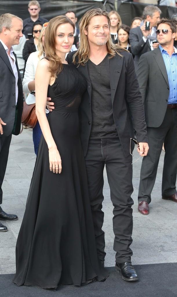 Angelina+Jolie+Brad+Pitt+Angelina+Jolie+arrive+8GsE152m_8jx