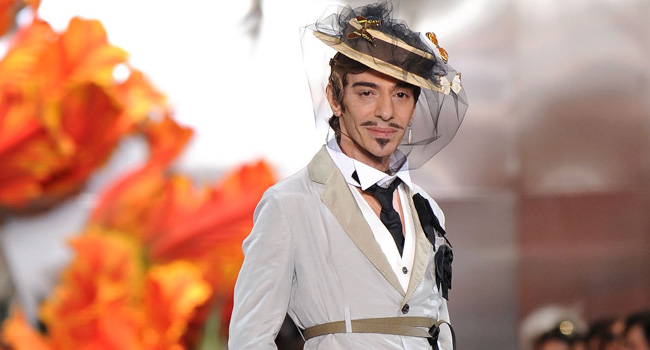 Christian Dior - Runway - PFW Haute Couture F/W 2011