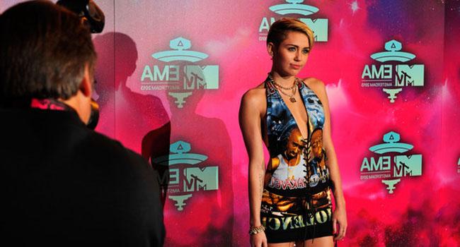 Miley+Cyrus+MTV+EMA+2013+vintage