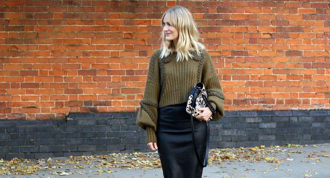 Un combo para el fin de semana: Jersey de punto + falda lápiz