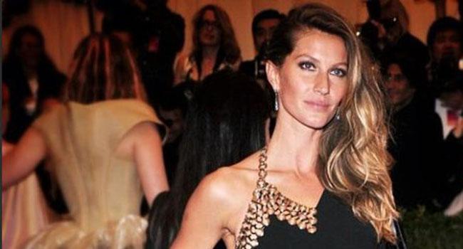 A propósito del desfile de Victoria´s Secret: Las modelos adoran a Anthony Vaccarello