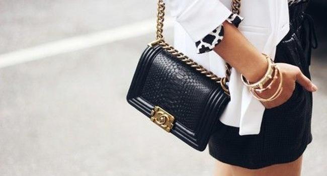4f8ac06eec0bd El clonazo de la semana  el bolso boy de Chanel que todas quieren