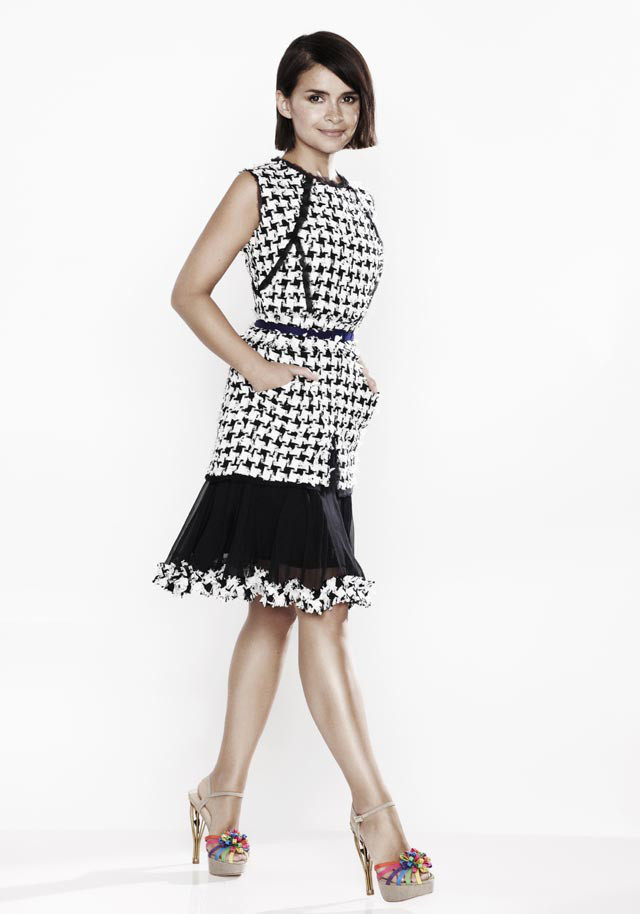 miroslava-duma-for-oscar-de-la-renta-x-the-outnet-3