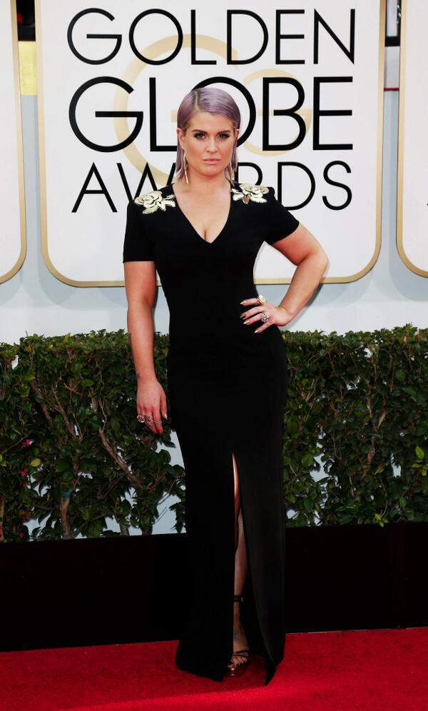 kelly-osbourne-escada-golden-globes