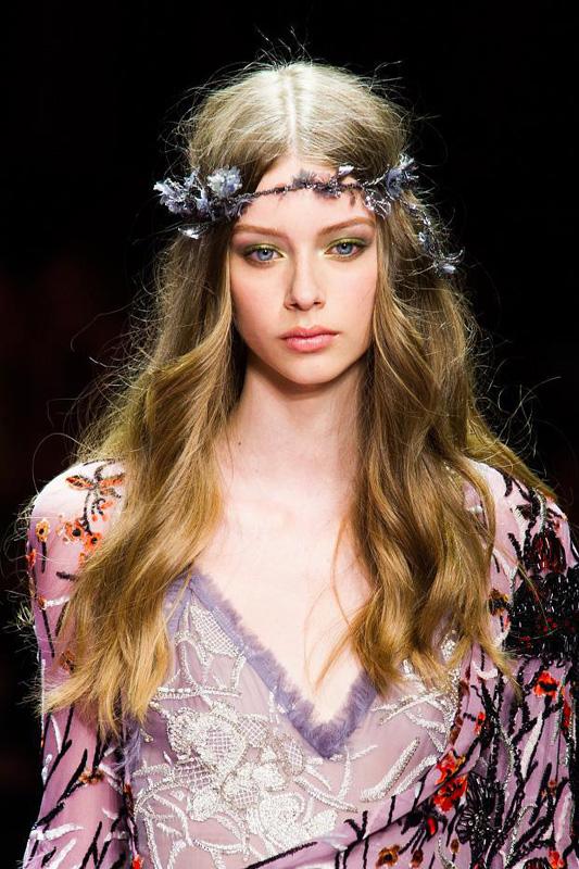 Consigue el beauty look de Versace Atelier #PFW