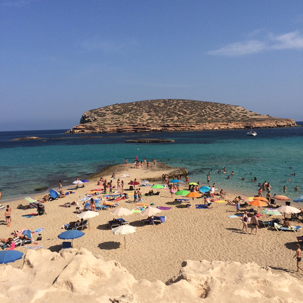 cala-conta-ibiza-be-trendy-my-friend
