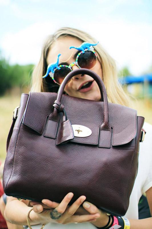 Spangled: las gafas de sol divertidas de Cara Delevingne se venden en Asos