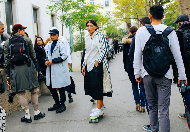 sneakers-street-style-pfw-15