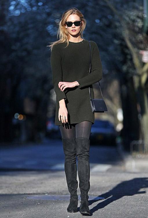 Karlie Kloss nos enseña cómo llevar botas altas en primavera