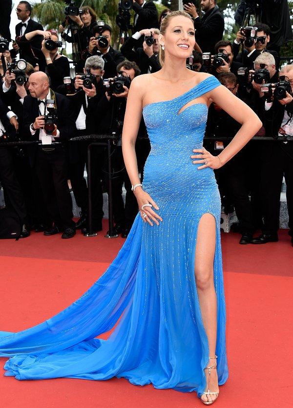 Blake Lively de Atelier Versace en la prèmiere de The BFG en el Festival de Cine de Cannes 2016