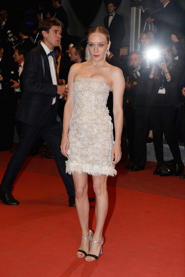 Chloé Sevigny de Chanel en la prèmiere de Personal Shopper en el Festival de Cine de Cannes