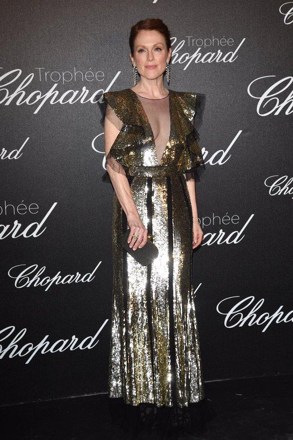 Julianne Moore de Alexander McQueen en el Chopard Trofee Event del Festival de Cine de Cannes 2016