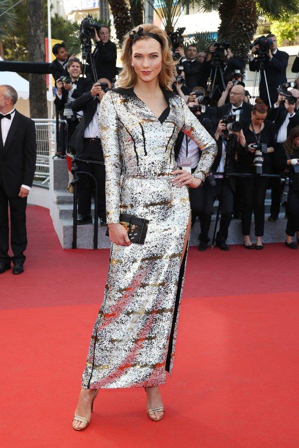Karlie Kloss de Louis Vuitton en la prèmiere de Julieta en el Festival de Cine de Cannes 2016