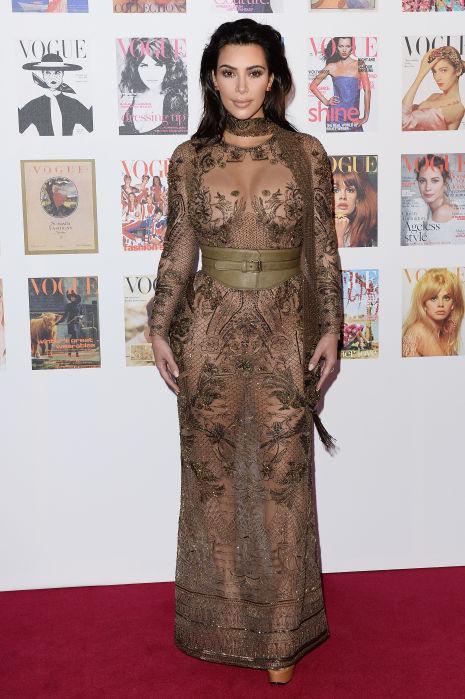 Kim Kardashian de Roberto Cavalli Couture en la fiesta #Vogue100 en Londres