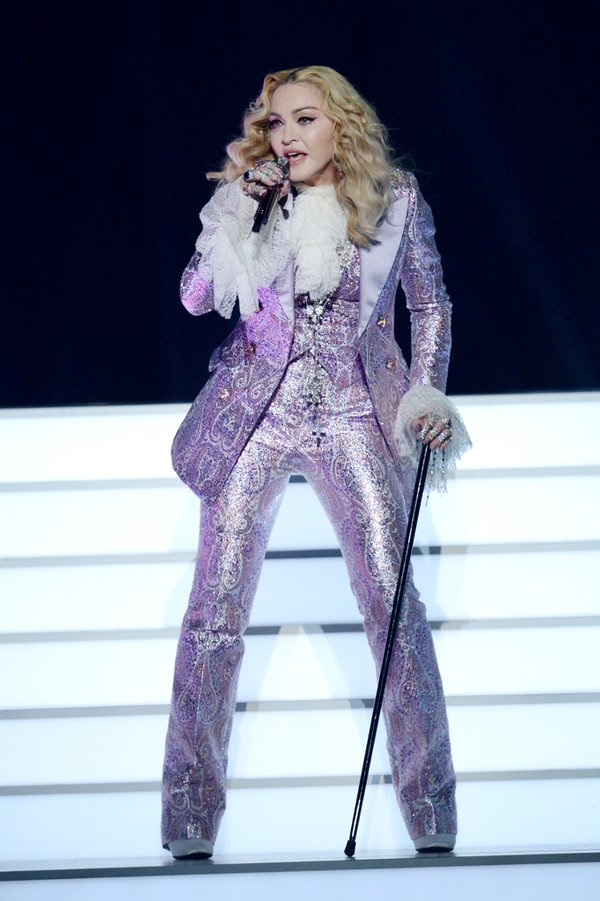 Madonna de Gucci en los Billboards Music Awards