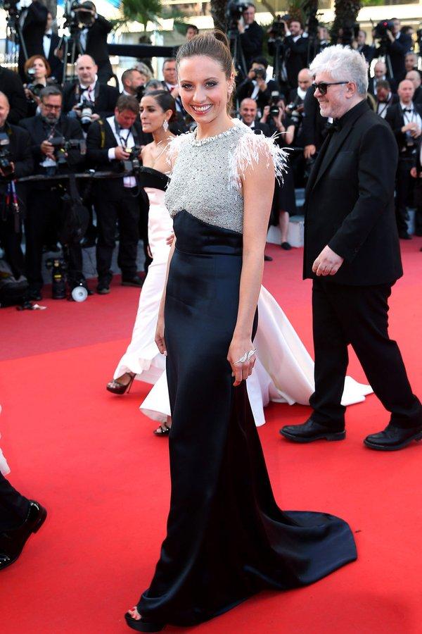 Michelle Jenner de Miu Miu en la prèmiere de Julieta en el Festival de Cine de Cannes