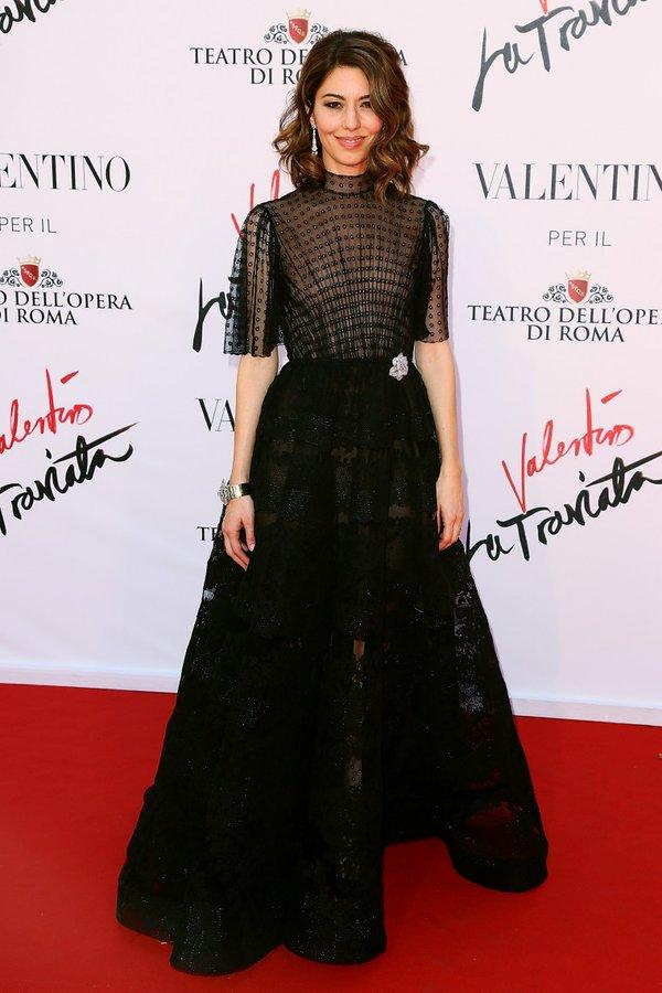 Sofia Coppola de Valentino en la prèmiere de Valentino la Traviata