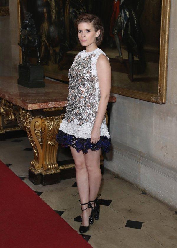 Kate Mara de Dior en el desfile Crucero 2017 de Dior