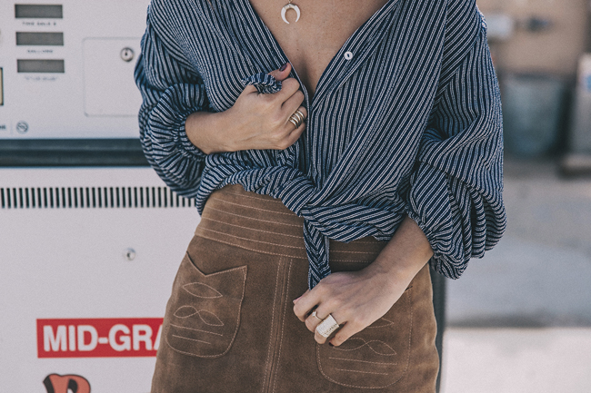 Tres maneras fashionistas de ponerte la camisa de tu padre