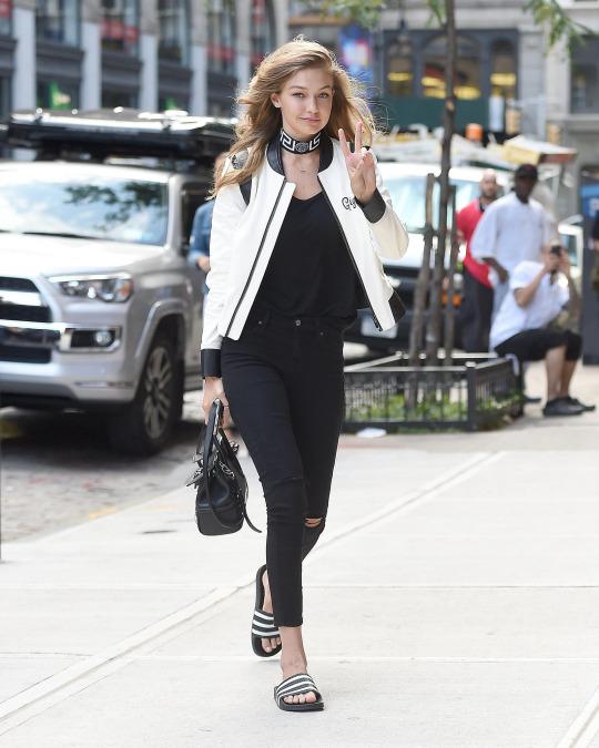 Las sandalias que Gigi Hadid quiere que vuelvas a llevar