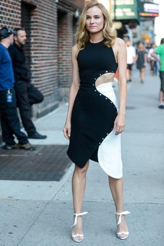diane kruger mugler blanco negro vestido street style