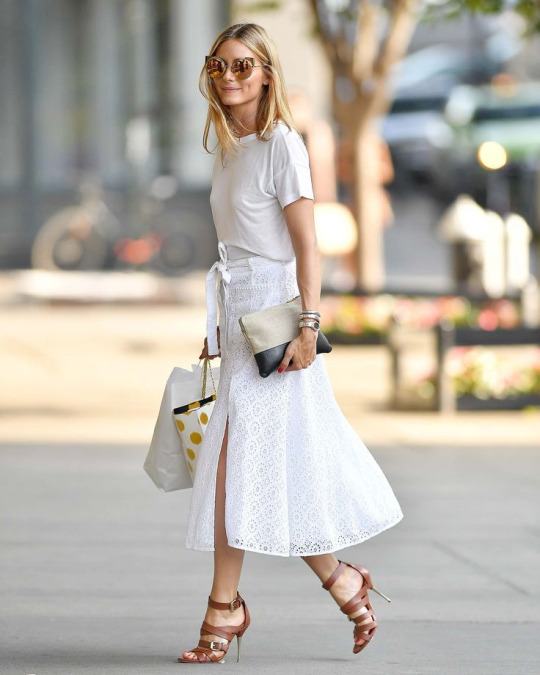 olivia palermo total look blanco bolso de mano celine street style