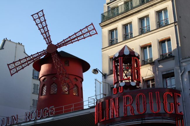 moulin-rouge-rue-pigalle-paris-be-trendy-my-friend