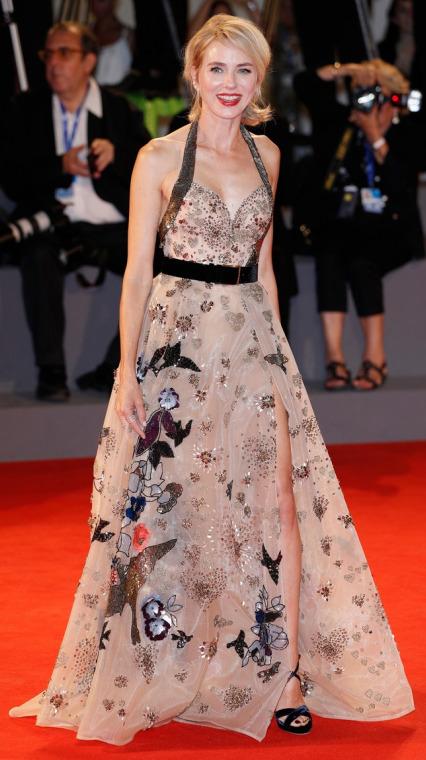 Naomi Watts de Elie Saab en el Festival de Cine de Venecia