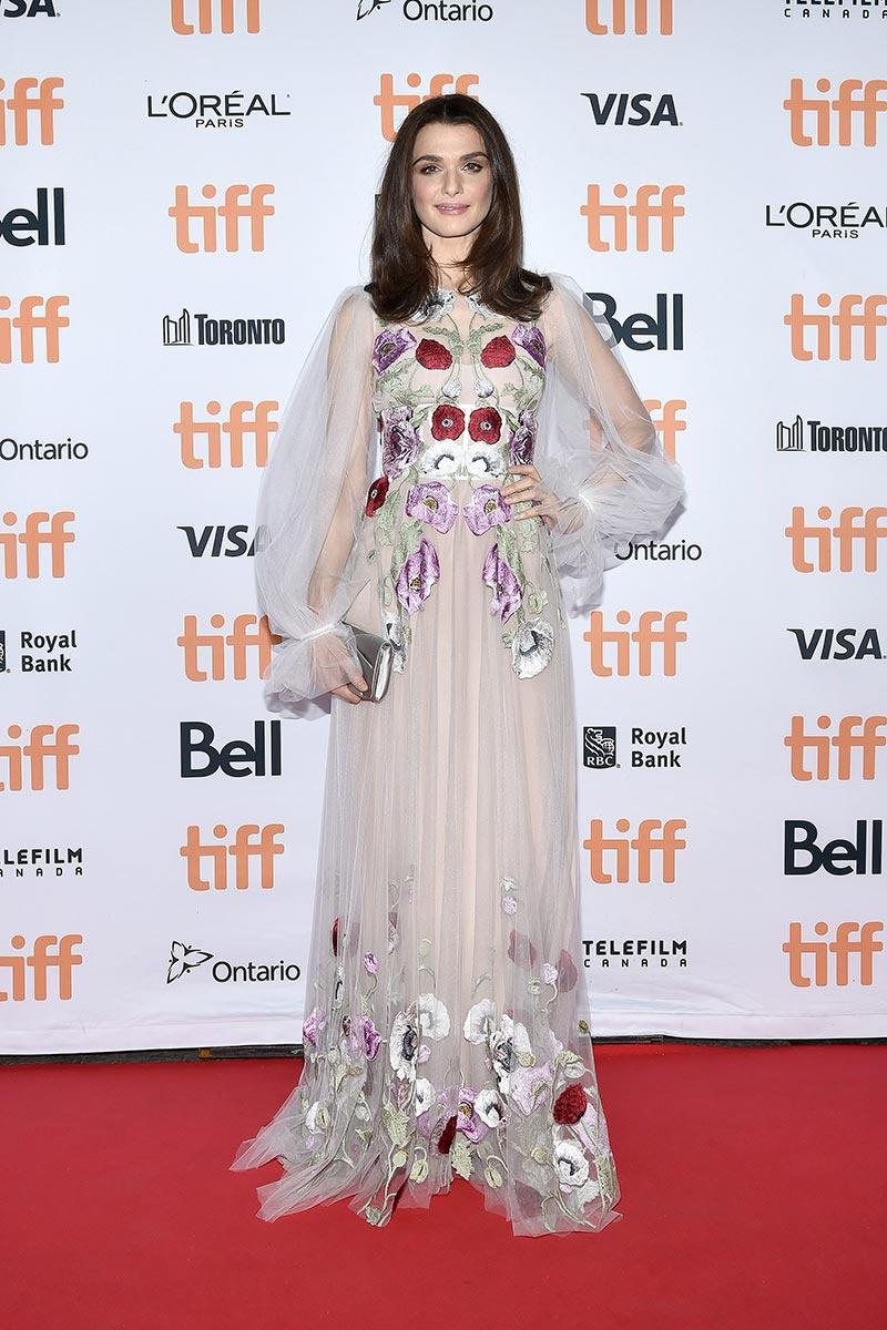 Rachel Weisz de Alexander McQueen en el Festival de cine de Toronto