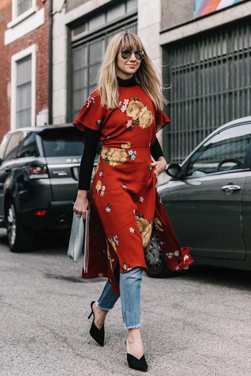 vestido pantalon vaquero milan fashion week street style