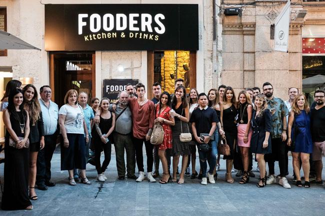 Fooders Alicante, el nuevo templo gastronómico del tapeo entre amigos