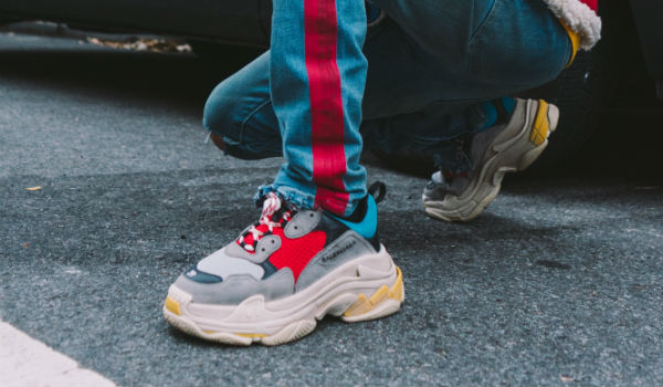 balenciaga triple s dad shoes sneakers deportivas vetements gvasalia street style tendencias otoño invierno 2018 19 zapatos