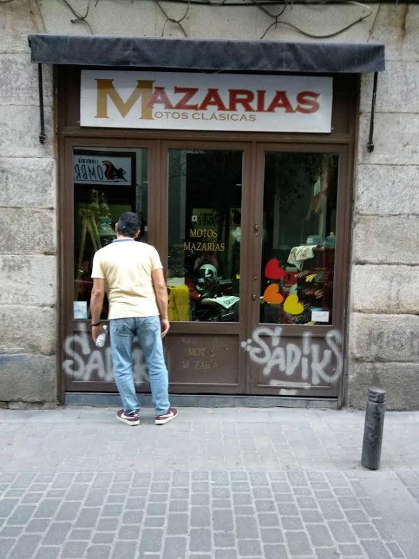 mazarias tienda motos clasicas madrid calle san pedro barrio de las letras