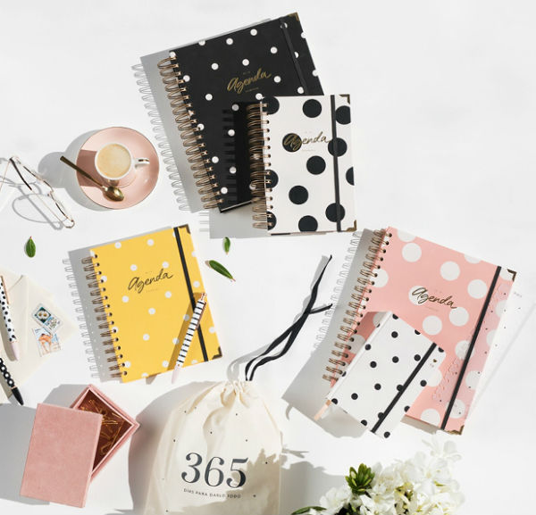 agenda-del-2019-charuca-be-trendy-my-friend-papelterapia
