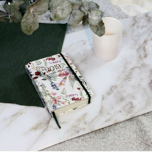 agenda-del-2019-petite-mafalda-flores-silvestres-be-trendy-my-friend-anual-pagina-dia