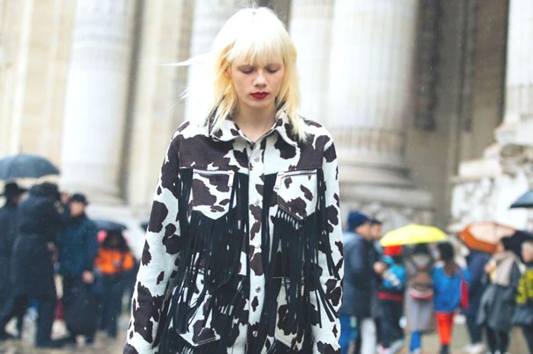 estamapdo-vaca-cow-print-animal-tendencias-primavera-verano-2019-street-style
